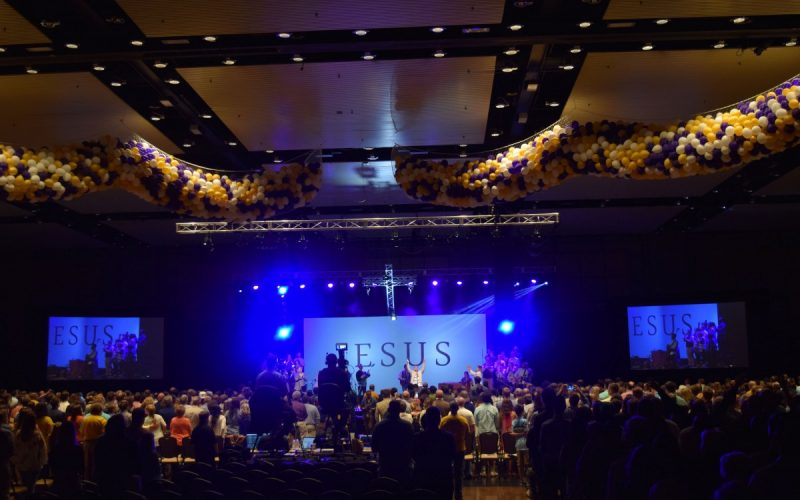 live-harvest-bible-chapel-02